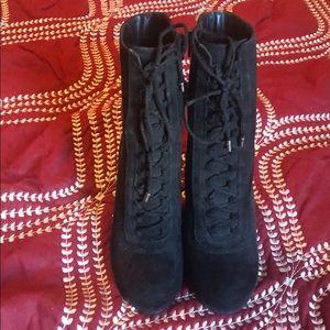 Carlos Santana Black Lace Up Boots Size 7